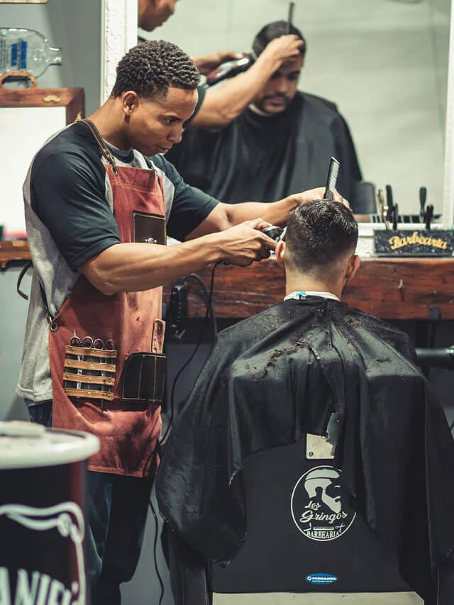 Métier de la beauté : salon de coiffure, onglerie, etc.