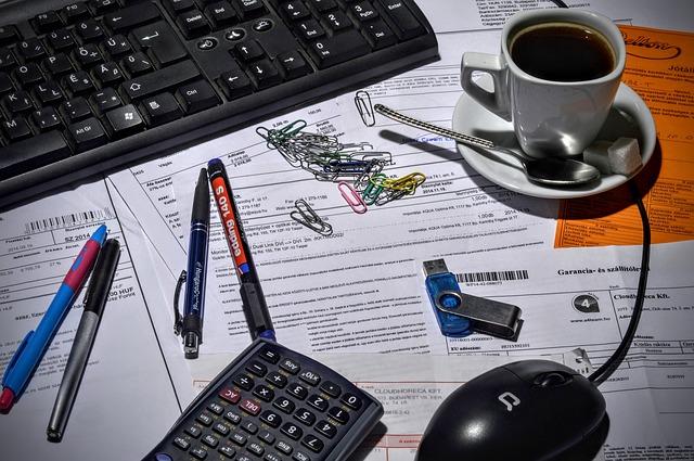 Image Faceture sur une table dans une entreprise